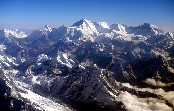 Mountain Range「Aerial View Of Mount Everest」:写真・画像(1)[壁紙.com]
