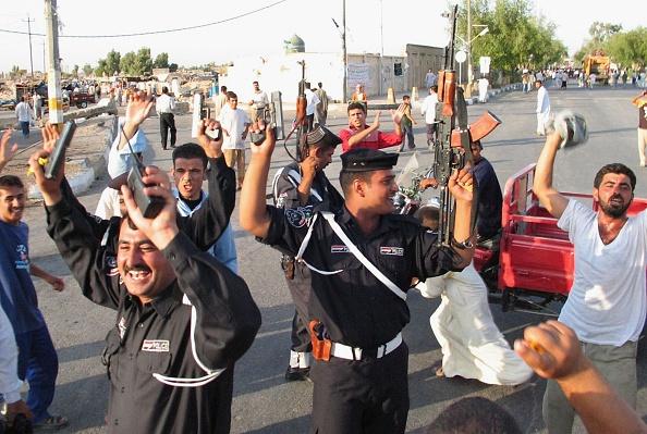 アジアカップ「Iraqi Football Fans Celebrate Victory in AFC Asian Cup」:写真・画像(10)[壁紙.com]
