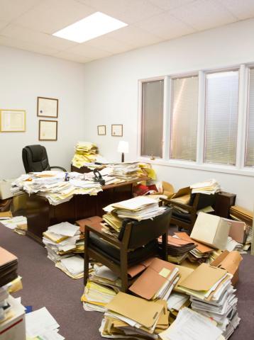 Greed「Utter Clutter- Professional paper hoarder」:スマホ壁紙(7)