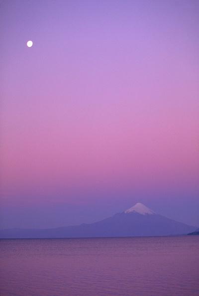 Sky「The Orsono Volcano At Sunset」:写真・画像(15)[壁紙.com]