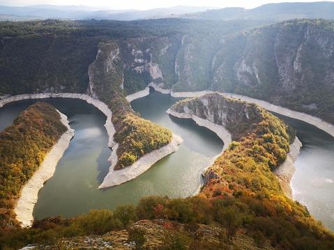 Stalactite「Uvac Natural Canyon in Serbia」:スマホ壁紙(16)