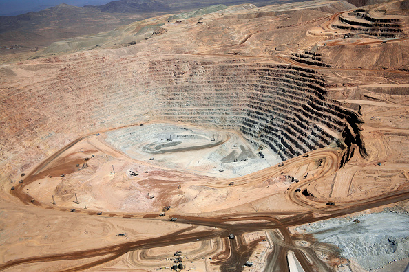 Copper Mine「Oliver Llaneza Hesse」:写真・画像(0)[壁紙.com]