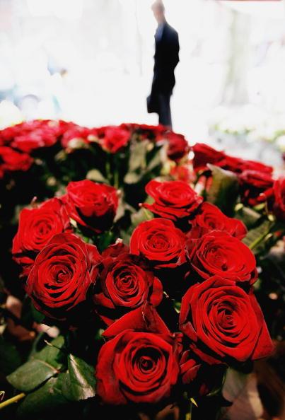 Bouquet「Lovers Celebrate Valentines Day」:写真・画像(9)[壁紙.com]