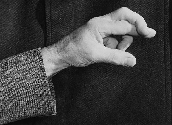 Black And White「Fingers Crossed」:写真・画像(15)[壁紙.com]