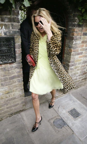 Leopard Print「Kate Moss Celebrates 30th Birthday」:写真・画像(6)[壁紙.com]