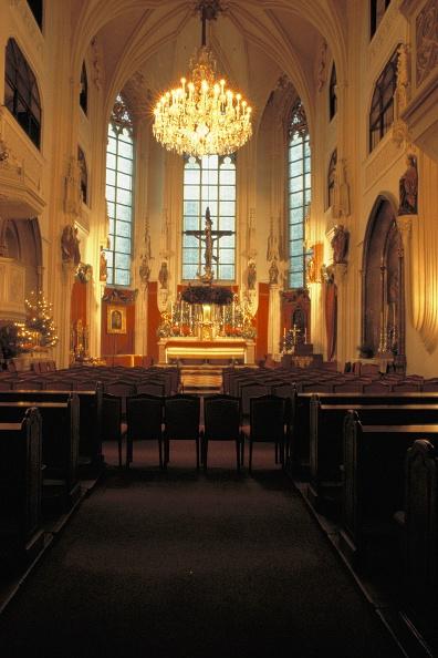 Bench「Interior view of the Augustinerkirche in Vienna」:写真・画像(7)[壁紙.com]