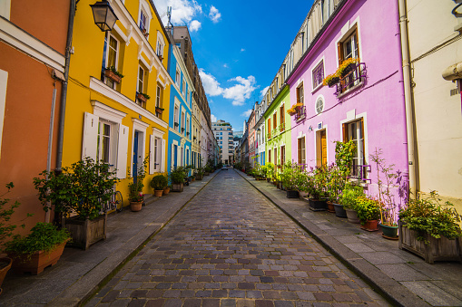 Individuality「Residential street and houses, Paris, France」:スマホ壁紙(8)