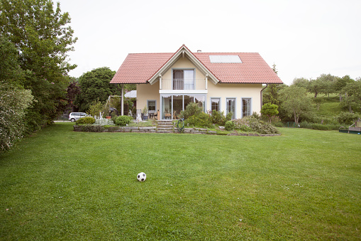 ドイツ「Residential house with garden」:スマホ壁紙(11)