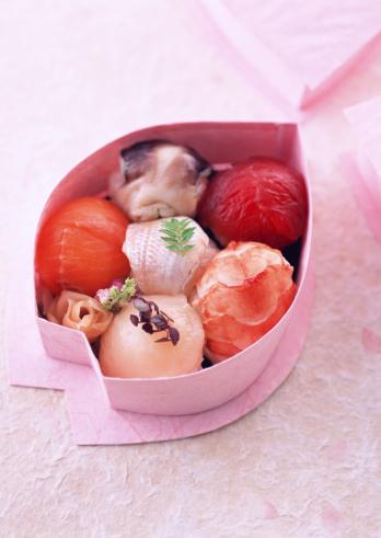 花見「Sushi」:スマホ壁紙(17)