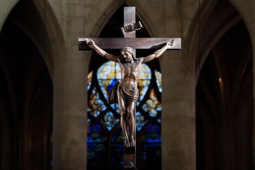Cathedral「Statue of Jesus Christ on cross」:スマホ壁紙(4)
