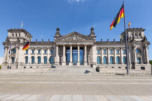 National Landmark「Germany, Berlin, Berlin-Tiergarten, Reichstag building」:スマホ壁紙(11)