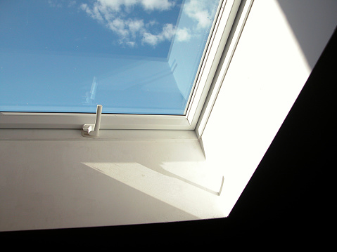 Handle「window」:スマホ壁紙(18)