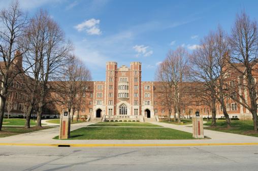 Campus「Classic Architecture Cary Quadrangle Purdue University Student Dormitory Building」:スマホ壁紙(12)
