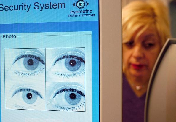 Iris - Eye「New Jersey School System Uses Iris-Recognition Technology」:写真・画像(9)[壁紙.com]