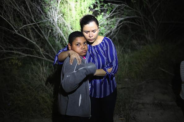 Southern USA「Border Patrol Agents Detain Migrants Near US-Mexico Border」:写真・画像(12)[壁紙.com]