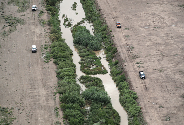 Southern USA「CBP Conducts Aerial Patrols Over El Paso Sector Of US-Mexico Border」:写真・画像(14)[壁紙.com]