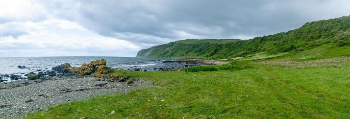 Island of Arran「Coastal landscape along Arran Coastal Way, Isle of Arran, Scotland, United Kingdom」:スマホ壁紙(2)