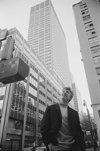 William Lovelace「Tommy Steele In New York」:写真・画像(4)[壁紙.com]