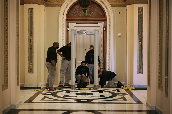 Capitol Hill「Washington, DC Prepares For Potential Unrest Ahead Of Presidential Inauguration」:写真・画像(1)[壁紙.com]