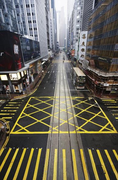 Jessica Hromas「Hong Kong Braces Itself For Typhoon Usagi」:写真・画像(14)[壁紙.com]