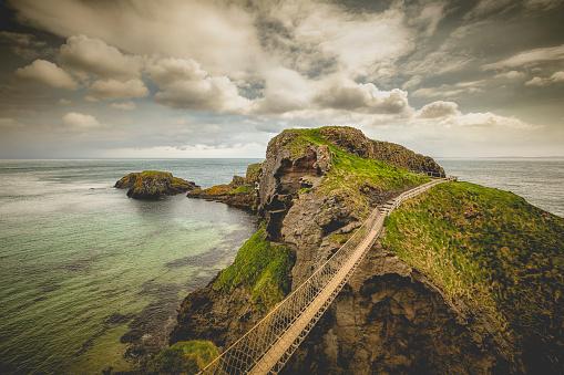 Northern Ireland「carrick-a-rede rope bridge, northern ireland」:スマホ壁紙(16)