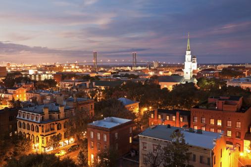 Cathedral「USA, Georgia, Savannah, Cityscape with Talmadge Memorial Bridge」:スマホ壁紙(6)