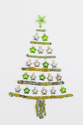 Twig「Christmas tree shaped of mossy branches and Christmas decoration」:スマホ壁紙(17)
