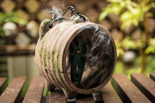 Mosquito Coil「Mosquito coils are pig-type pottery To be in.」:スマホ壁紙(2)