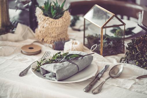 Linen「Table setting」:スマホ壁紙(15)