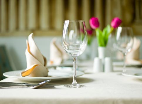 Tulip「Table Setting」:スマホ壁紙(16)