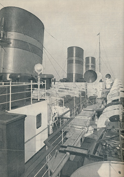 Wide「Three Funnels Of The Monarch Of Bermuda」:写真・画像(12)[壁紙.com]