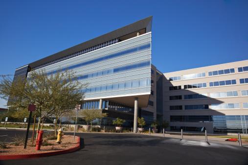 Parking Lot「Modern Scottsdale Medical Business Building」:スマホ壁紙(13)