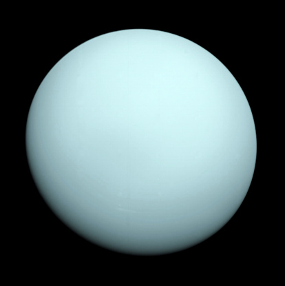 1980-1989「Planet Uranus taken by the spacecraft Voyager 2 in 1986.」:スマホ壁紙(1)