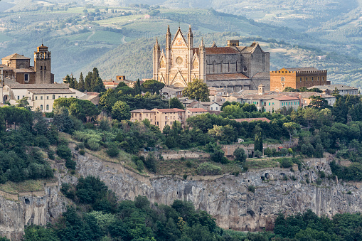 Cathedral「The Duomo di Orvieto in Umbria, Italy.」:スマホ壁紙(4)