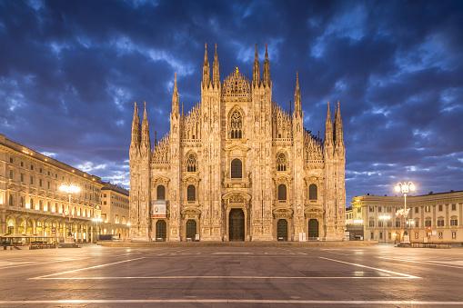 Cathedral「The Duomo di Milano or Milan cathedral, Italy.」:スマホ壁紙(11)