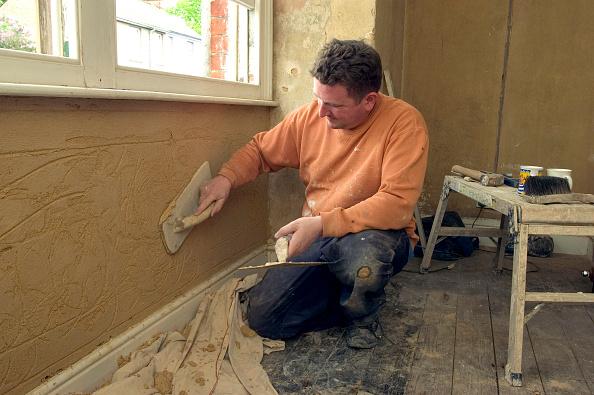 Renovation「Plasterer skimming interior wall.」:写真・画像(12)[壁紙.com]