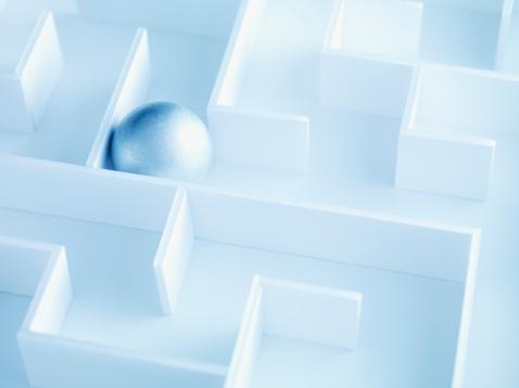 Uncertainty「Ball trapped in maze」:スマホ壁紙(15)