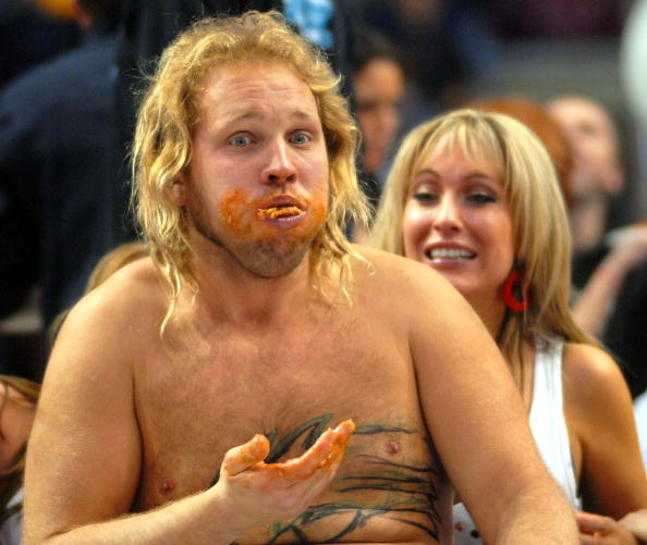 """Chicken Wing「Annual """"Wing Bowl"""" Honors Super Bowl Gluttony」:写真・画像(13)[壁紙.com]"""