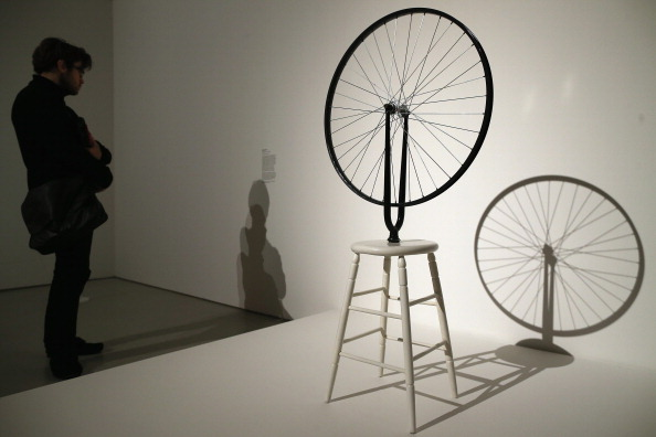 Wheel「Press Preview At The Barbican Art Gallery Their New Exhibition The Bride And The Bachelors」:写真・画像(1)[壁紙.com]