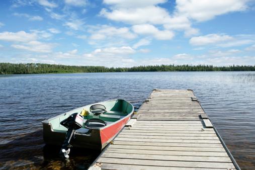 Recreational Boat「XXL fishing boat and lake」:スマホ壁紙(2)