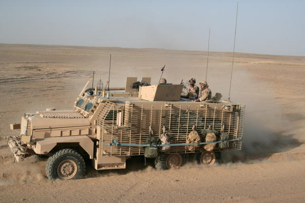 Mode of Transport「British Army Drivers provide supplies to the troops on the ground in Afghanistan」:写真・画像(3)[壁紙.com]