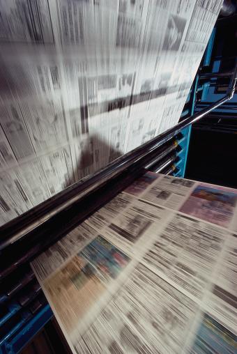 Printout「Newspaper in Printing Press」:スマホ壁紙(19)