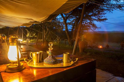 Gas Light「A safari camp at night under starry sky」:スマホ壁紙(18)