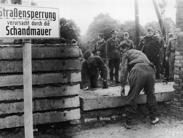 Berlin Wall「Another Brick」:写真・画像(1)[壁紙.com]