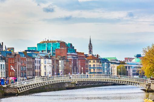 Footbridge「The Ha'penny Bridge in Dublin」:スマホ壁紙(8)