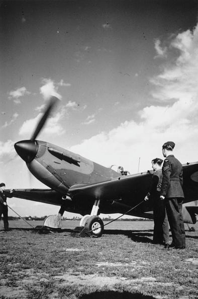 Air Force「The Spitfire」:写真・画像(11)[壁紙.com]