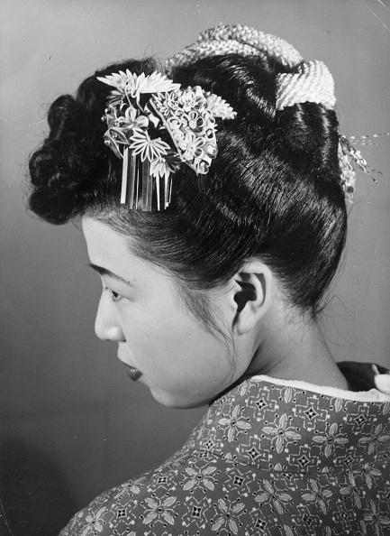Profile View「Hair Ornament」:写真・画像(13)[壁紙.com]