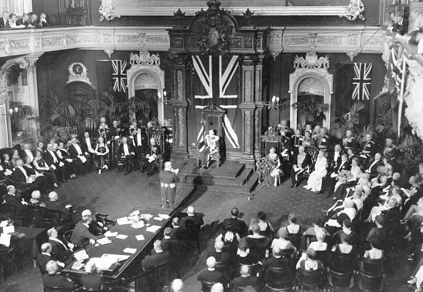 Government Building「Parliamentary Session」:写真・画像(3)[壁紙.com]
