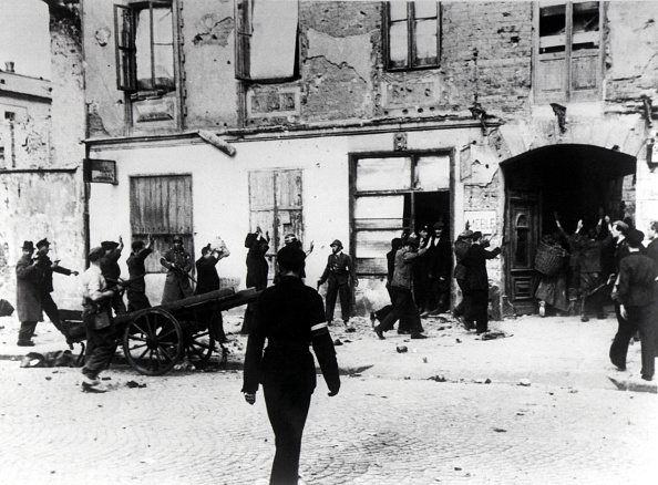 Surrendering「Armia Krajowa」:写真・画像(17)[壁紙.com]