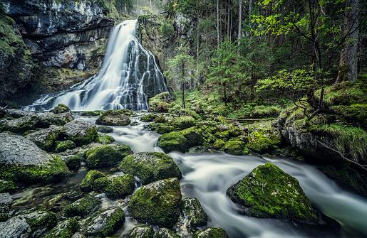 Rock Face「Austria, Salzburg, Beautiful waterfall in Golling」:スマホ壁紙(18)